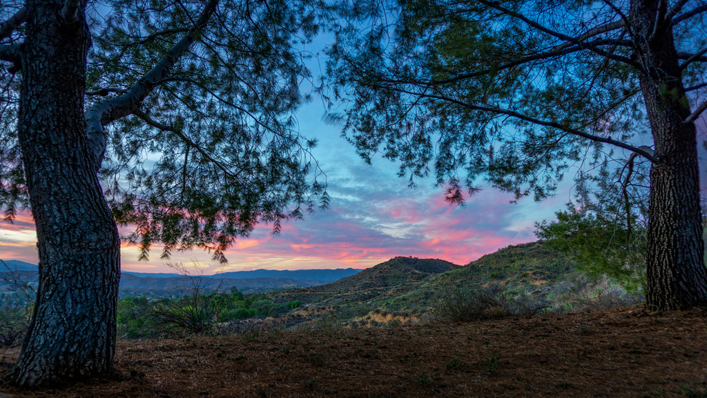 Sunset View At Santa Clarita, California